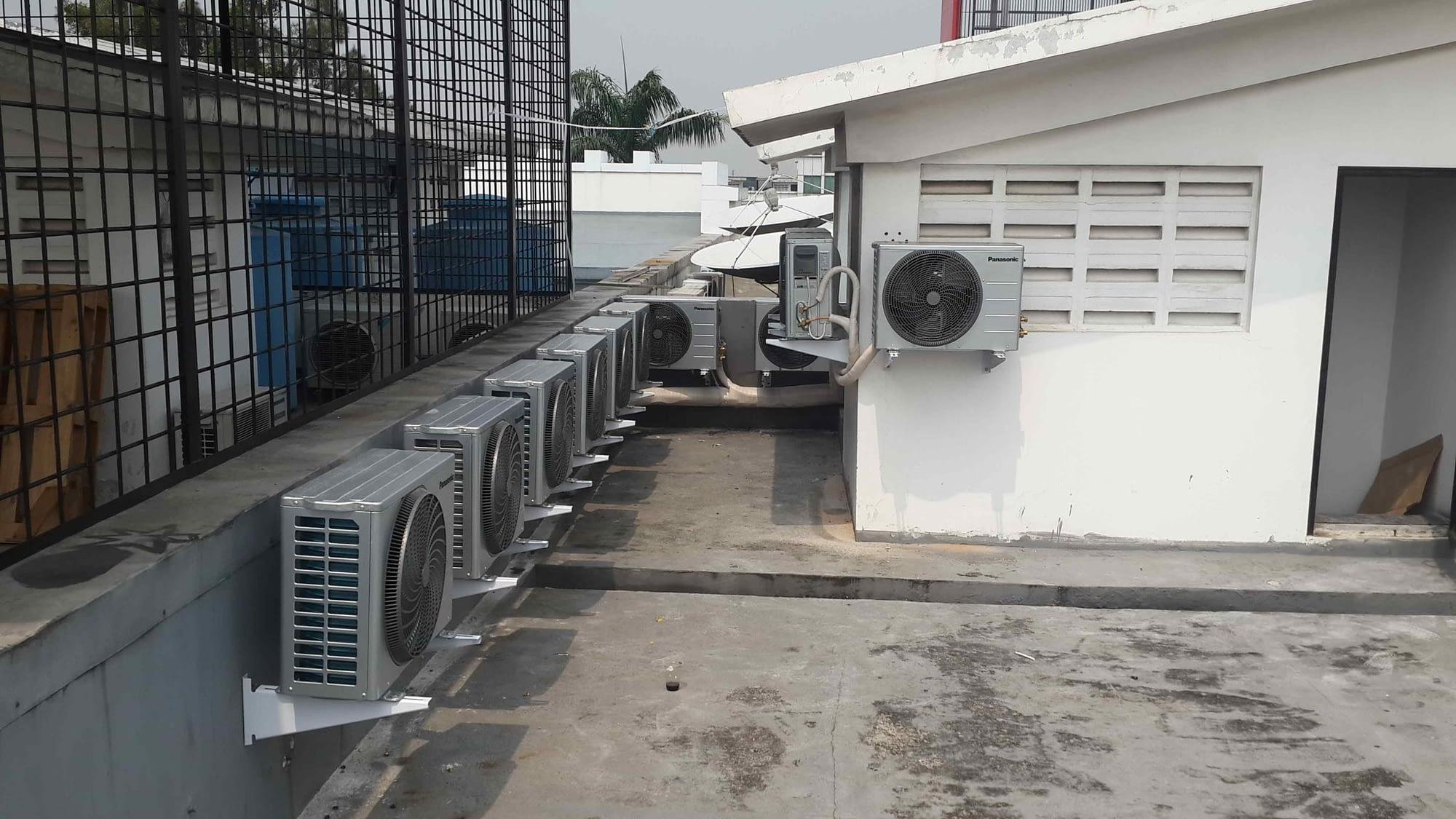 Hasil pekerjaan jasa renovasi kantor di Jakarta Barat