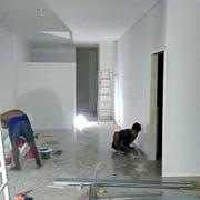 Pengerjaan renovasi kantor di Jakarta