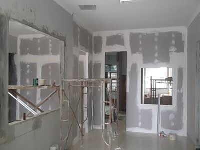Renovasi bangunan oleh jasa kontraktor di Bogor
