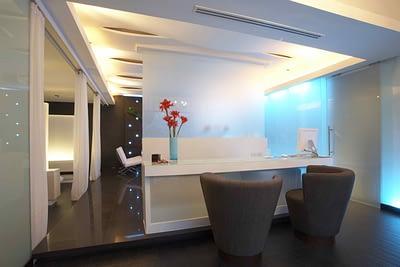 Ruang kantor pada desain rumah minimalis