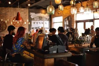 Mengenal Kebutuhan Jenis Lampu Interior Bangunan untuk Cafe